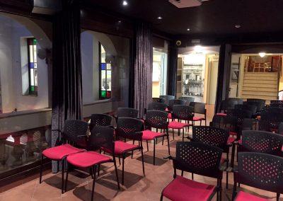 web-museu-fundacio-cabanas-sala-actes-audiovisual