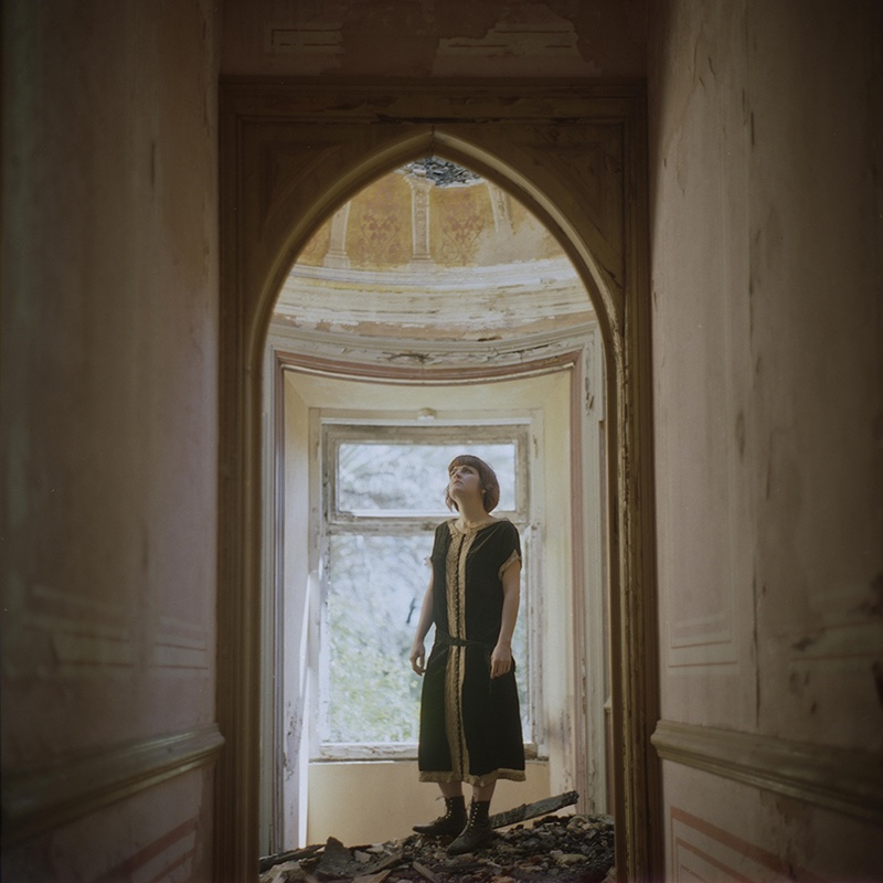 web-fundacio-exposicio-fotografia-helena-aguilar-dreamers-of-decadence-02