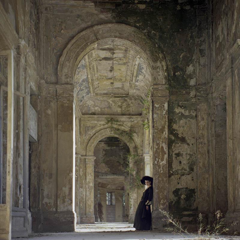web-fundacio-exposicio-fotografia-helena-aguilar-dreamers-of-decadence-03