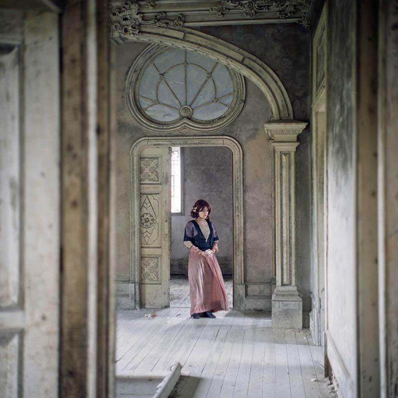 web-fundacio-exposicio-fotografia-helena-aguilar-dreamers-of-decadence-04
